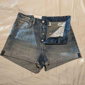 H&M High Rise shorts